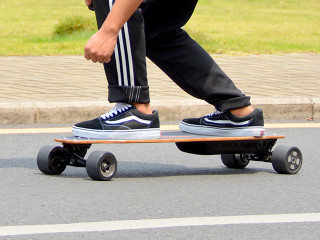 PomeloPro-World's Longest Range Electric Longboard-GadgetAny
