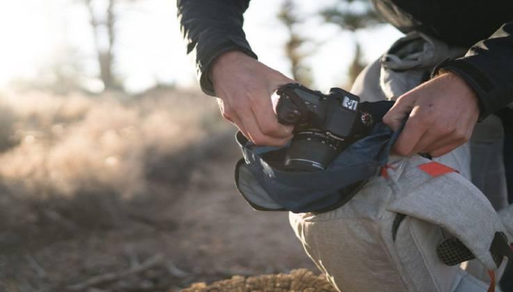 CABRILLO Dry Camera Bag-GadgetAny