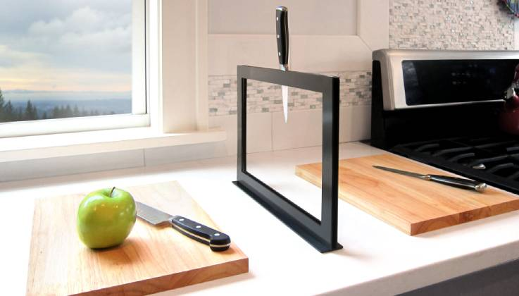 Chops – Magnetically Connected Cutting Boards With a Knife Rack-GadgetAny