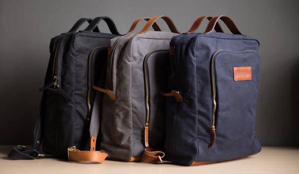 Stylish professional Briefcase By Breton-GadgetAny