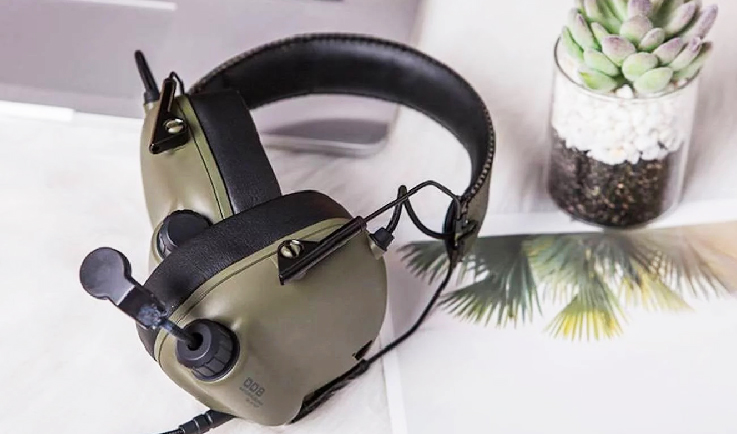 Tactical Master: Comfy Immersive Gaming Headset-GadgetAny